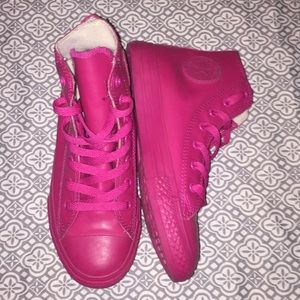 Size 2 bright pink converse